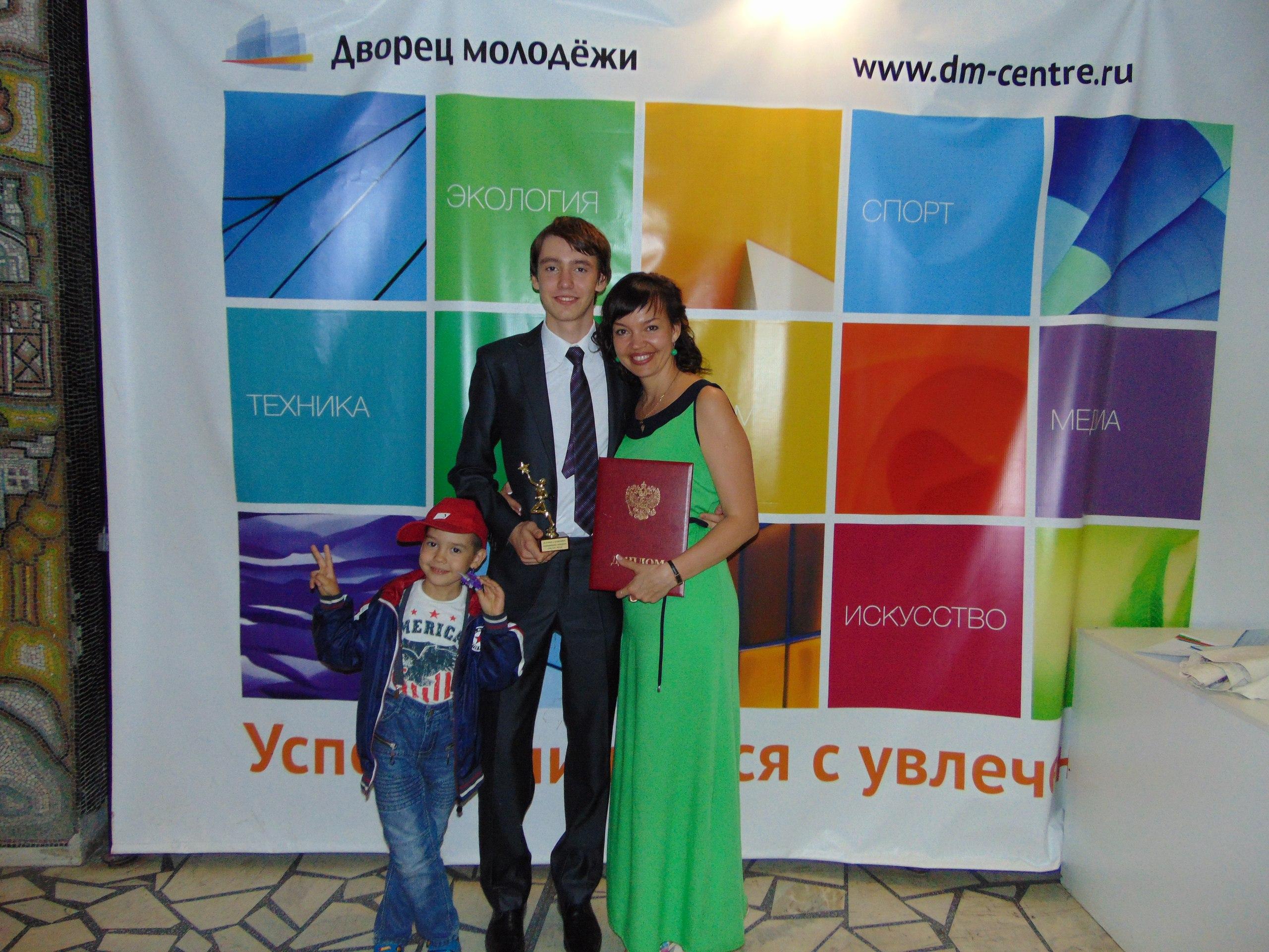 Nina Ozhiganova: ZHenshchina dolzhna byt' korolevoj!