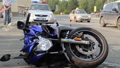 sbili-motociklista